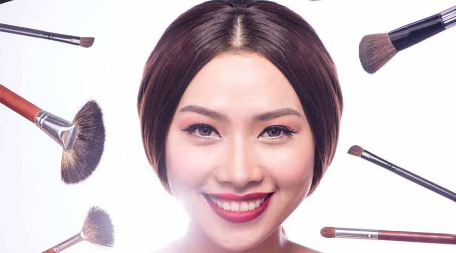 pakai makeup saat jerawatan