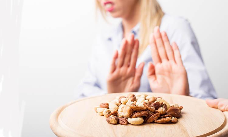 Eva Mulia - kacang bikin jerawat