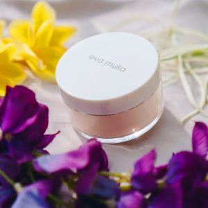 Eva Mulia face powder