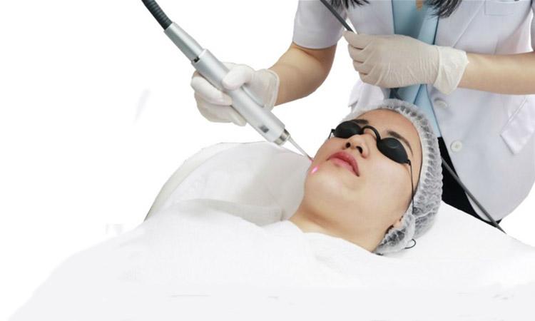 Eva Mulia - treatment wajah