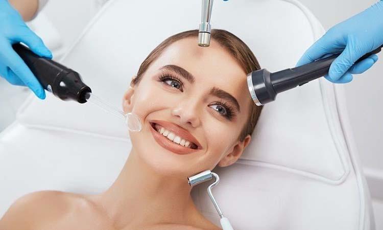 Eva Mulia Clinic - galvanic facial