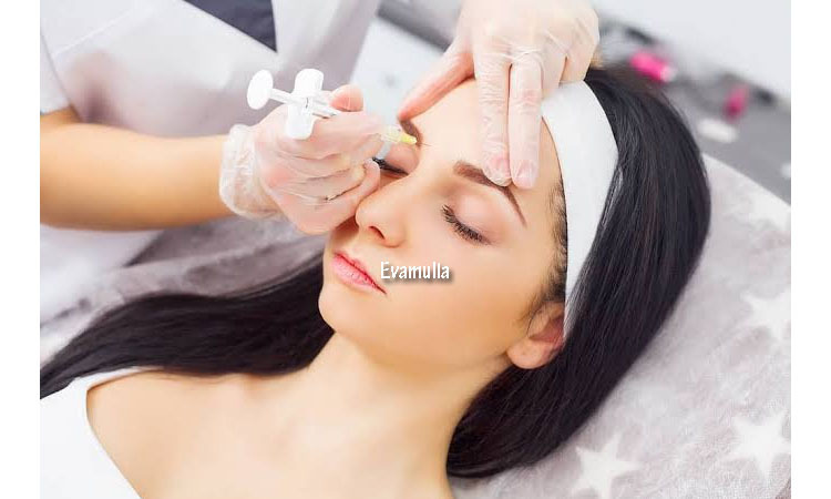 Eva Mulia Clinic - Klinik Eva Mulia - Tips Kecantikan - Suntik Botox - Botox bibir - Saat ini, banyak orang telah beralih ke suntik botox untuk menghaluskan keriput atau menyingkirkannya sama sekali, sehingga tampilan wajah tampak lebih kencang dan awet muda.