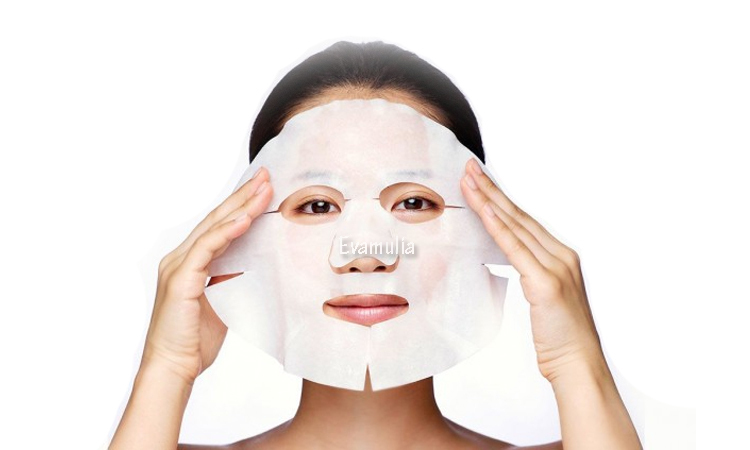 Eva Mulia - Klinik Kecantikan - Tips Perawatan Wajah - Masker wajah - Sheet Mask - Sheet mask adalah salah satu solusi kecantikan wanita. Setiap wanita tentu menginginkan wajah yang cerah, bersih, dan berseri setiap saat. Menjaga wajah agar tetap sehat dan bersih tentu bukan hal yang mudah untuk dilakukan.