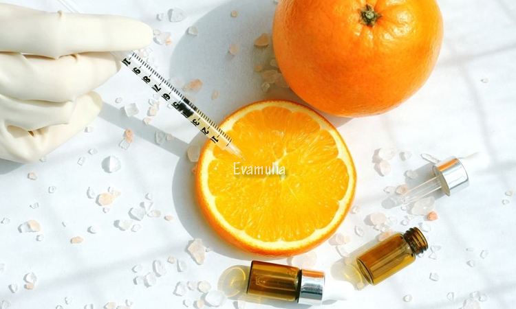 Eva Mulia - Klinik Evamulia - Manfaat Vitamin C Untuk Kulit - Perawatan Wajah - Vitamin C merupakan salah satu nutrisi penting yang dibutuhkan dalam merawat dan menjaga kesehatan kulit dan tubuh. Mnafaat vitamin C untuk kulit bisa kalian dapatkan dari mengkonsumsi makanan yang mengandung vitamin C atau menggunakan produk perawatan kulit yang mengandung vitamin C.