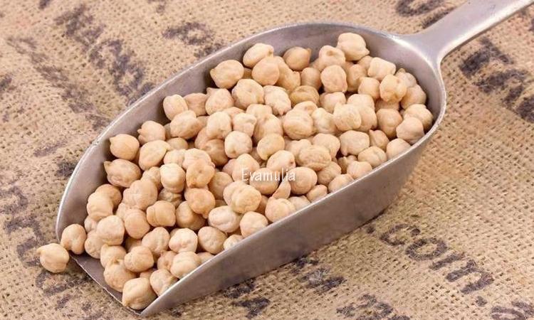 Eva Mulia - Klinik Evamulia - Manfaat Kacang Arab Untuk Tubuh - Perawatan Wajah - Sebagian orang mungkin mengenal kacang arab sebagai oleh-oleh khas dari mereka yang baru saja pulang dari tanah suci. Akan tetapi, selain memiliki rasa yang gurih dan unik, kacang ini juga menyimpan banyak manfaat kesehatan.