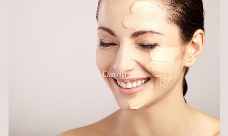 Eva Mulia - Klinik Evamulia - Perawatan Wajah - Cara Mengatasi Kulit Kering Berjerawat - Apapun jenis kulit Anda, kulit wajah biasanya akan tetap menghasilkan minyak. Hanya saja minyak yang dihasilkan tidak bisa menempel lama-lama pada kulit, karena pada dasarnya kulit kering itu sendiri artinya kondisi kulit yang rusak.