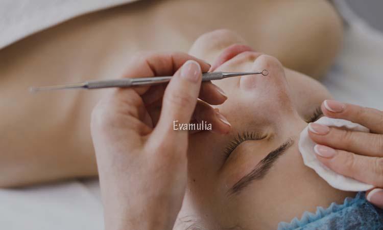 Eva Mulia - Klinik Evamulia - Perawatan Wajah - Berapa Lama Jadwal Facil Kulit - Facial adalah salah satu perawatan kulit yang harus dilakukan untuk menjaga kondisi kesehatan kulit Anda. Meskipun begitu, ada beberapa hal yang harus Anda ketahui saat ingin melakukan facial. Salah satunya adalah tentang seberapa sering Anda bisa melakukan facial.