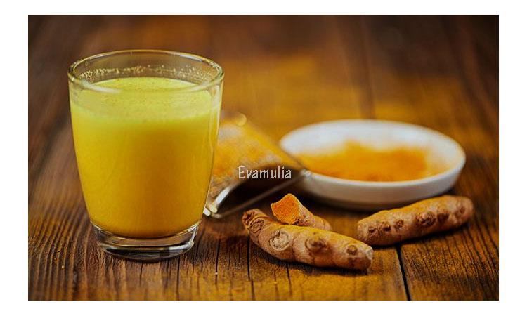 Eva Mulia - Klinik Evamulia - Perawatan Wajah - Manfaat Jamu Kunyit Asam Untuk Kesehatan - Jamu kunyit asam adalah minuman tradisional atau jamu yang diracik dari dua jenis rempah yang berbeda, yaitu kunyit dan asam jawa. Di Indonesia, kedua rempah ini tidak hanya digunakan sebagai bumbu masak, tetapi juga diolah menjadi minuman yag dikenal berkhasiat untuk kesehatan.
