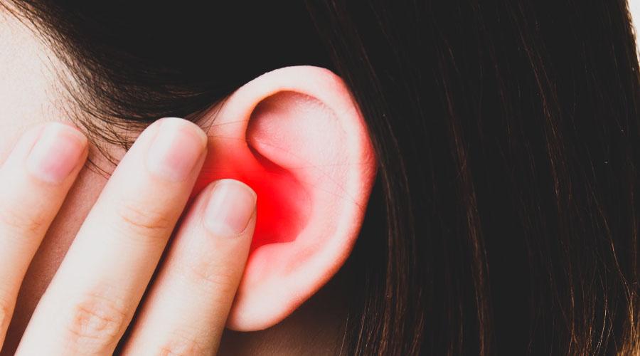 Penyebab Jerawat di Telinga